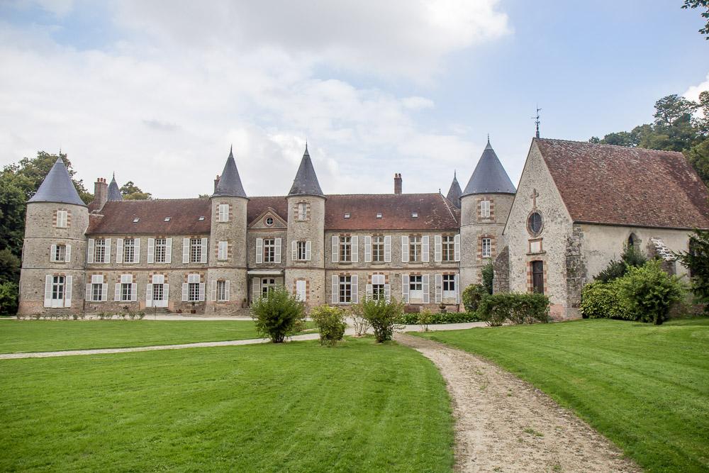 Château de Beaulieu à Pécy vu de face