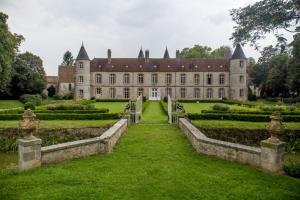 Côté Nord du Château de Beaulieu à Pécy en Seine-et-Marne